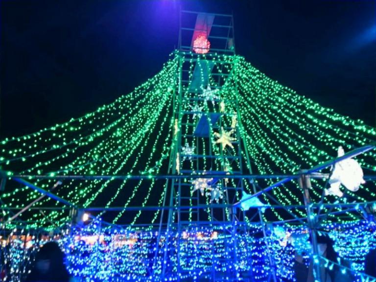 万博クリスマスツリー