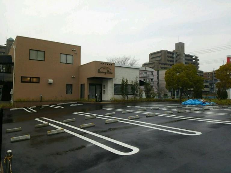 サニーサイド駐車場