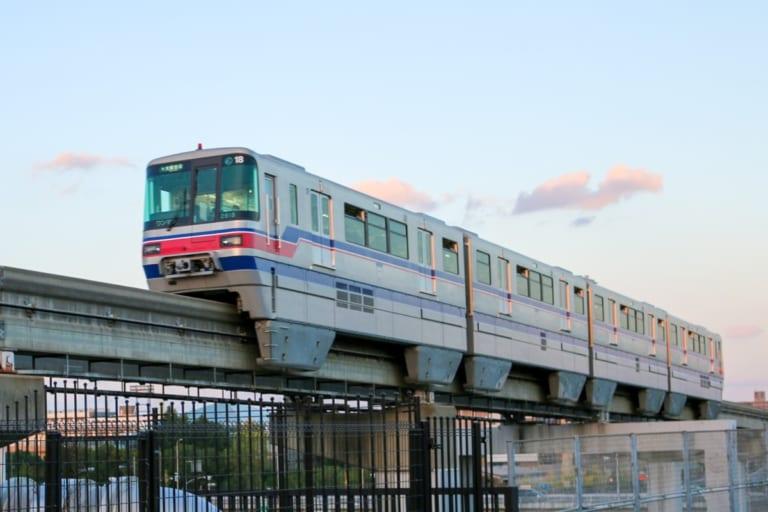 大阪モノレール車両